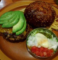 【グルメ】THE BURGER SHOP 紀尾井町でハンバーガーを食べる