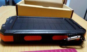 soluser ソーラーバッテリー モバイルバッテリーソーラーチャージャー  厚さ