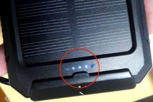 soluser ソーラーバッテリー モバイルバッテリーソーラーチャージャー  ランプがつく