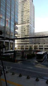 スタバJR東京日本橋iPad 窓の景色