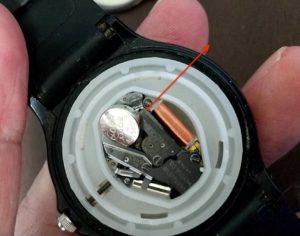チープカシオ電池交換 ボタン電池外す