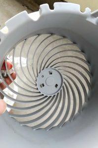アイリスオーヤマのサーキュレーター【PCF-HD15-W】手入れ 前面ガード