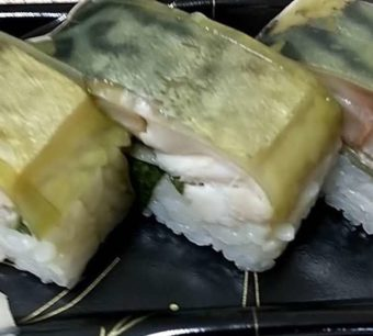 【日記】江戸前すしのチェーンストア「ちよだ鮨」のお寿司とさば寿司をいただく