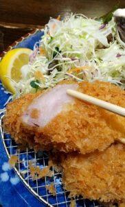 かつ吉渋谷店 ロースかつ盛り合わせ定食 調味料
