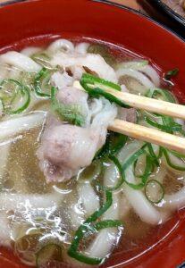 ヤマキ商店 カルビ焼肉丼+肉うどん うどんの牛肉