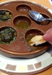 サイゼリア エスカルゴのオーブン焼き フォッカ